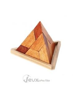 Casse-tête en bois pyramide