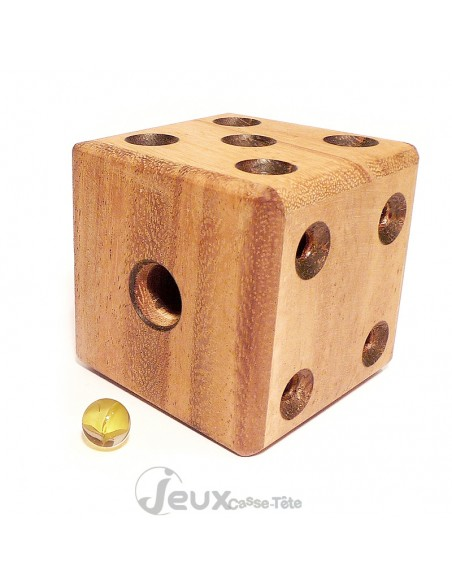 Casse-tête en bois dé labyrinthe une bille à libérer