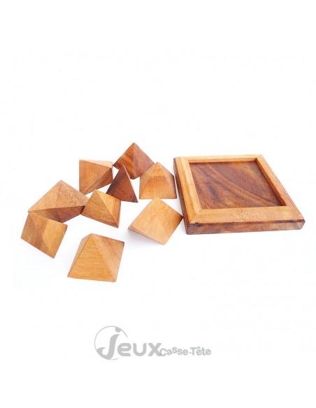 Casse-tête en bois Pyramide composé de 9 pièces + socle