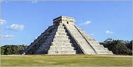 Casse-tête en bois la pyramide Incas